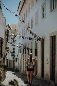 petite rue Lisbonne