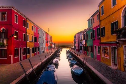 Demandez vous ùu partir en mai ? réponse Voyage en Mai à Venise sur cette image !