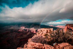 Quel type d'hélicoptère vous permettra de survoler le Grand Canyon?