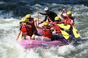 Combien cela coute-t-il d'effectuer un rafting sur la rivière Pacuare ?